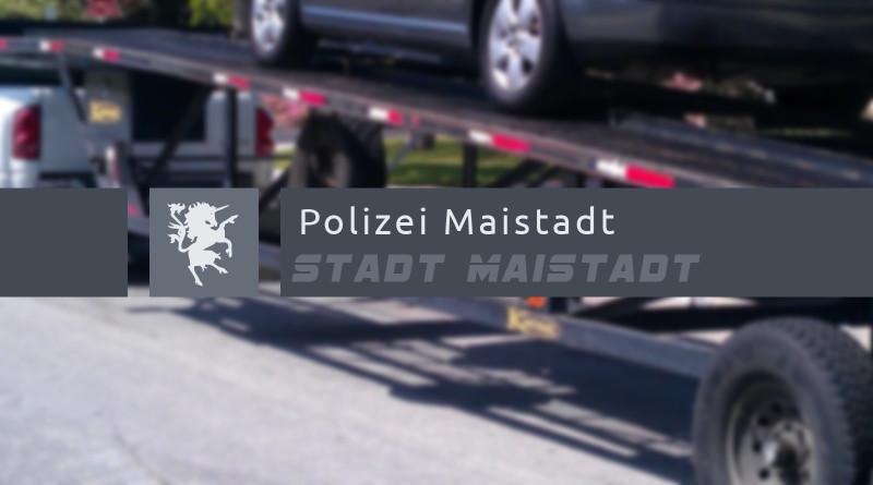 Polizei Maistadt - Autotransporter verliert Neuwagen. 112% Teamwork. Funkspiel Maistadt